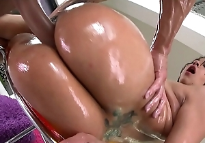 BANGBROS - Lallasa Is Big Booty White Girl, Watch Her Ride Chris Strokes!