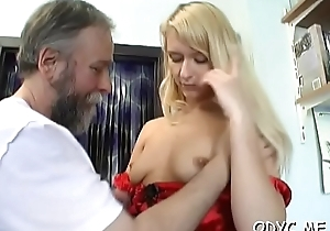 Teen'_s shaved vagina screwed hard