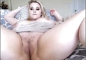Cute big boobs bbw showing tiny cookie