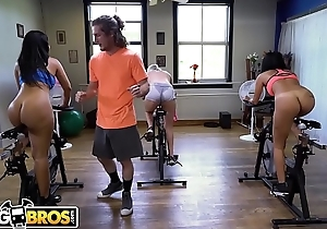 BANGBROS - Latina MILF Rose Monroe Gets Big Pain in the neck Fucked In Spin Class