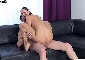 Stud&#039_s Tryouts With Mea Melone&#039_s Mouth and Pussy