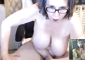 Watching My Mom Fuck Her Pussy