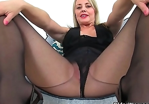 English mums in tights part 4