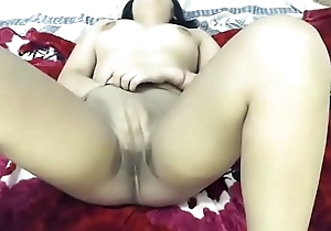 Indian Jaya fingering and squirt on cam.FLV