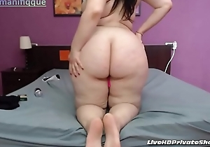 Busty PAWG With Vibrator