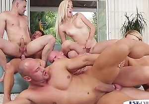 Muscular studs assfucked during bi fuckfest