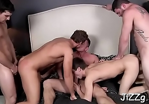 Serious fuckfest with gay studs