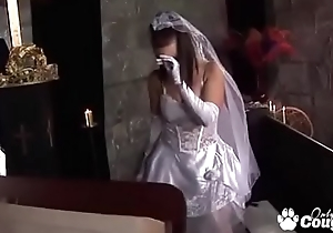 Bride To Repugnance Tanya Cox Gets Fucked By The Priest Right Before her Wedding
