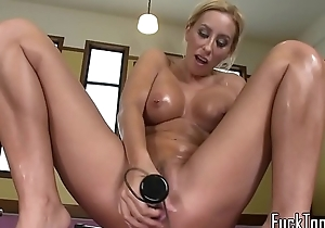 Busty machine babe toys pussy before sybian